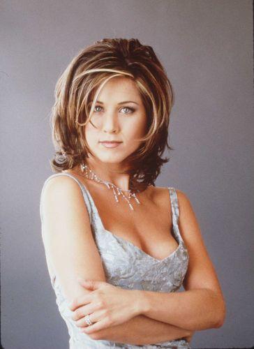 Jennifer Aniston já teve os mais variados estilos de corte de cabelo: curto, longo, repicado e com franja. Qualquer que seja o
