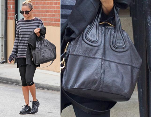 Nicole Richie usa sua bolsa do modelo