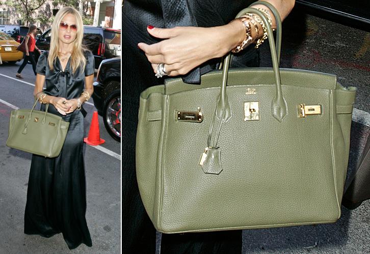 A stylist Rachel Zoe possui inúmeras variações da bolsa