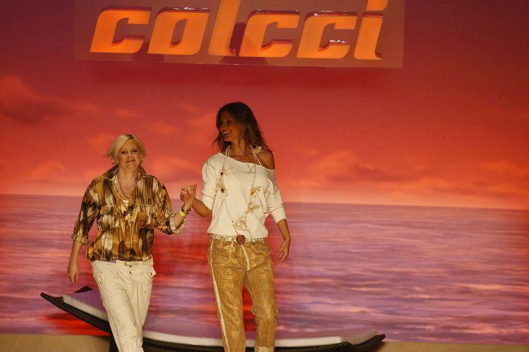 Gisele Bündchen, Jesus Luz e Rodrigo Hilbert desfilam para a Colcci na temporada de verão 2009/10 no SPFW (17/6/2009)
