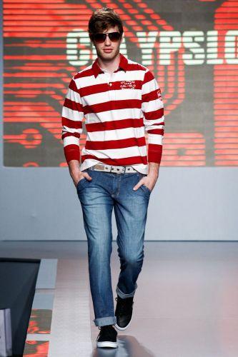 A Cia Ypslon apresenta coleção para o Inverno 2012 durante o segundo dia de Mega Polo Moda. O evento é realizado pelo famoso shopping atacadista do Brás, bairro de São Paulo conhecido pelas lojas de moda popular (28/02/2012)