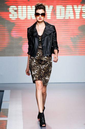 A Sunny Days apresenta coleção para o Inverno 2012 durante o segundo dia de Mega Polo Moda. O evento é realizado pelo famoso shopping atacadista do Brás, bairro de São Paulo conhecido pelas lojas de moda popular (28/02/2012)