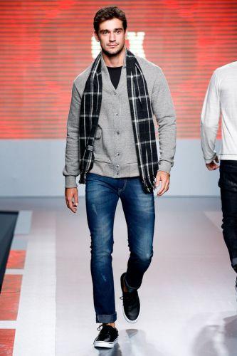 A CTX apresenta coleção para o Inverno 2012 durante o terceiro dia de Mega Polo Moda. O evento é realizado pelo famoso shopping atacadista do Brás, bairro de São Paulo conhecido pelas lojas de moda popular (29/02/2012)
