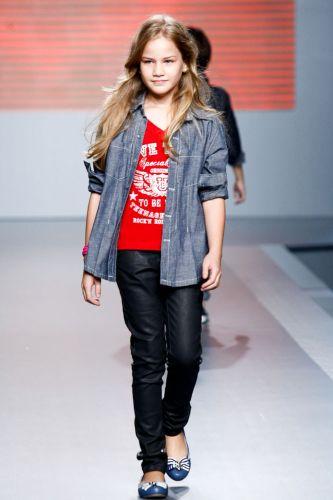 A M2A apresenta coleção para o Inverno 2012 durante o terceiro dia de Mega Polo Moda. O evento é realizado pelo famoso shopping atacadista do Brás, bairro de São Paulo conhecido pelas lojas de moda popular (29/02/2012)