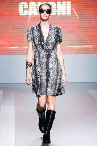 A Canoni apresenta coleção para o Inverno 2012 durante o terceiro dia de Mega Polo Moda. O evento é realizado pelo famoso shopping atacadista do Brás, bairro de São Paulo conhecido pelas lojas de moda popular (29/02/2012)
