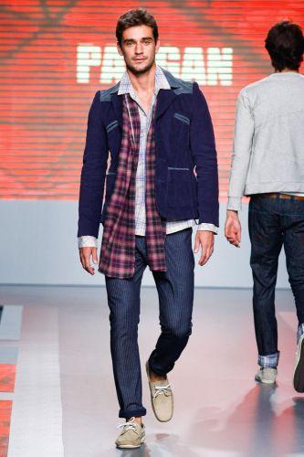 A Pargan apresenta coleção para o Inverno 2012 durante o terceiro dia de Mega Polo Moda. O evento é realizado pelo famoso shopping atacadista do Brás, bairro de São Paulo conhecido pelas lojas de moda popular (29/02/2012)
