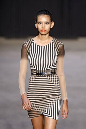 Lucas Magalhães apresenta coleção para o Inverno 2011 em desfile do concurso Rio Moda Hype, no primeiro dia de Fashion Rio (10/01/2011)