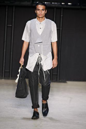 Estúdio Frame apresenta coleção para o Inverno 2011 em desfile do concurso Rio Moda Hype, no primeiro dia de Fashion Rio (10/01/2011)