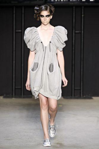 Sampler apresenta coleção para o Inverno 2011 em desfile do concurso Rio Moda Hype, no primeiro dia de Fashion Rio (10/01/2011)