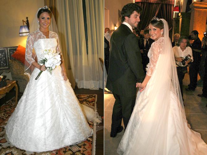 Claudia Leitte, de vestido em zibeline de seda italiana e renda francesa de Carlos Tufvesson, em seu casamento com o empresário Márcio Pedreira, em 2007. A peça foi inspirada no vestido de noiva da avó da cantora