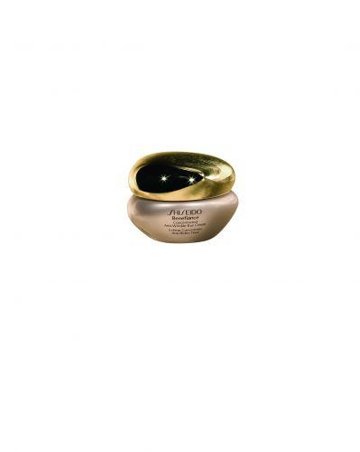 30 ANOSConcentrated Anti-Wrinkle Eye Cream, Shiseido, R$ 336. Foi formulado com uma tecnologia exclusiva que inclui ácido bio-hialurônico e hidroxiprolina que promovem resistência à pele e um alto poder de hidratação, mesmo em ambientes extremamente secos. SAC: 0800-148023Preços pesquisados em agosto de 2011 e sujeitos a alterações