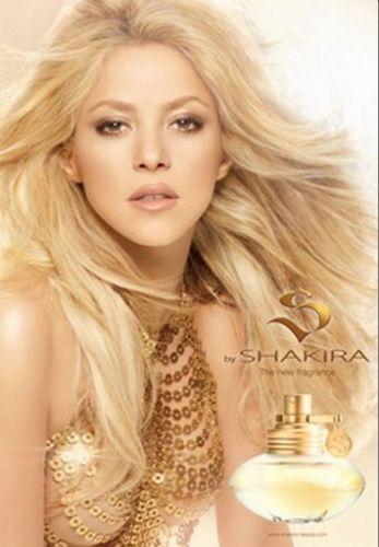 Tons de dourado predominam na campanha do primeiro perfume da cantora Shakira, S by Shakira. Em entrevista ao site WWD, a cantora disse que espera que seu perfume seja acessível a todos