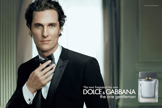 O ator Matthew McConaughey estrela a campanha do novo perfume da Dolce & Gabbana,