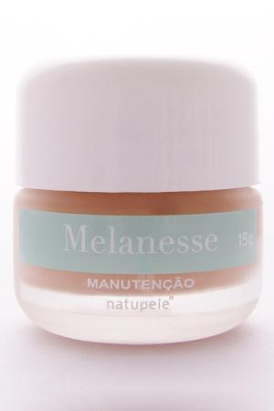 Melanesse Manutenção é indicado para a manutenção do clareamento e rejuvenescimento facial e hiperpigmentações, a partir de R$ 164,81; na Época Cosméticos. (Tel.: 21 2521-1919)