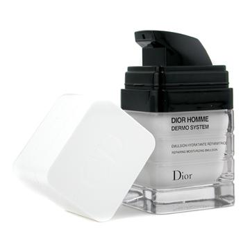 Hidratante Dior Homme Dermo System Emulsion é recomendado para remover o brilho e hidrata profundamente a pele, a partir de R$ 180; na Época Cosméticos. (Tel.: 21 2521-1919)