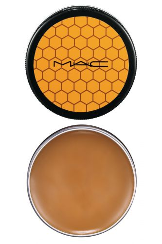 Agosto 2009: O Naked Honey Skin Salve da M.A.C é formulado com cera de abelha orgânica e óleo de girassol. Promete recuperar instantaneamente a pele ressecada, hidratando e recondicionando. Preço sugerido: 0880 282 8998. SAC: 0800 282 8998