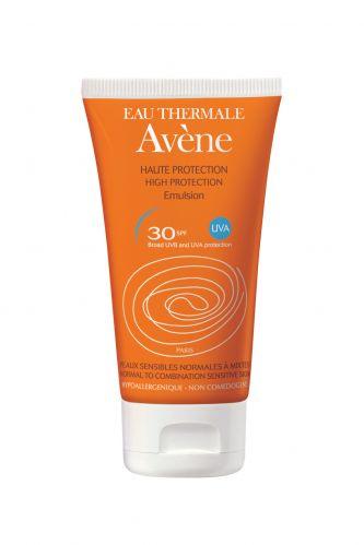 Outubro 2009: O protetor solar Avène 30 Emulsão promete oferecer alta proteção aliada às ações antienvelhecimento e seborreguladora, sendo ideal para peles sensíveis. Preço sugerido: R$ 59,26. SAC: 0800 702 10 37