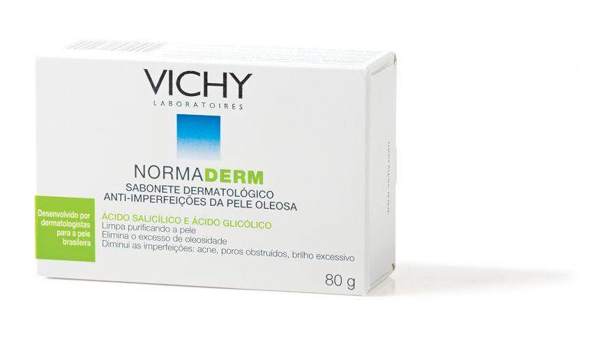 Para adolescentesSabonete Dermatológico Anti-imperfeições da Pele Oleosa Normaderm, Vichy, R$ 20,50. Contém pidolato de zinco, agente sebo-regulador, com propriedades anti-bacteriana e anti-inflamatória; ácido glicólico, que uniformiza a superfície da pele; e extrato de hamamélis, que também previne inflamações e minimiza lesões. SAC: 0800-7011552
