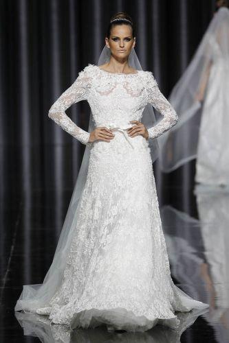 Vestido rendado de Elie Saab para Pronovias