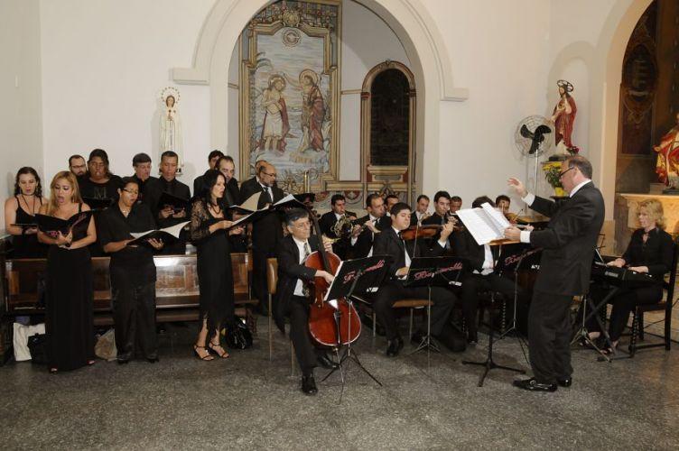 Cantinho reservado na igreja para a apresentação do Coral & Orquestra Baccarelli, tel.: (11) 5549-2011