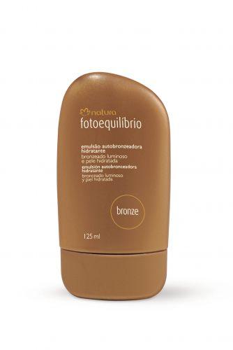 Fotoequilíbrio Emulsão Autobronzeadora Hidratante, Natura - Tem textura leve, não oleosa e proporciona hidratação por até 8 horas. Preço sugerido: R$ 36. SAC 0800 115566