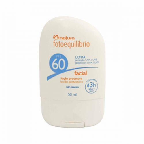 Contém Elastinol+R, que preserva a firmeza, a elasticidade e a densidade da pele, além de um complexo antioxidante à base de vitamina E e extratos de café e de cacau. Loção protetora facial FPS 60; R$ 32, da Natura (SAC: 0800-115566)Preços consultados em dezembro de 2010