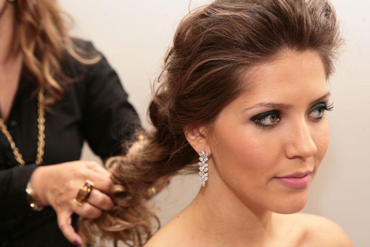 Profissionais especializados em cabelo de noivas, como Silvana Rizzardi Coiffeur, também apresentam seu trabalho durante a feira de casamento criada pela loja Spicy (18/11/2010)