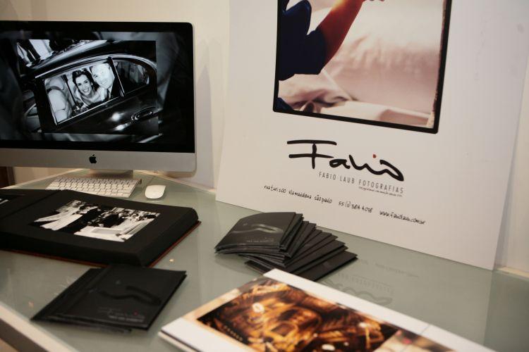 Empresas especializadas em fotografia de casamentos, como a de Fabio Laub, mostram suas sugestões para eternizar em imagens a cerimônia dos casais que visitam o Spicy Wedding Day (18/11/2010)