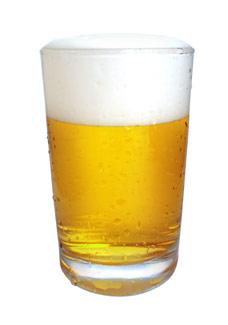 O grupo quer criar uma cerveja transgênica que contém a substância resveratrol - Stock Images