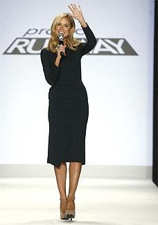"""A modelo Heidi Klum, apresentadora do programa """"Project Runway"""", é uma das top 10 da lista - Reuters"""