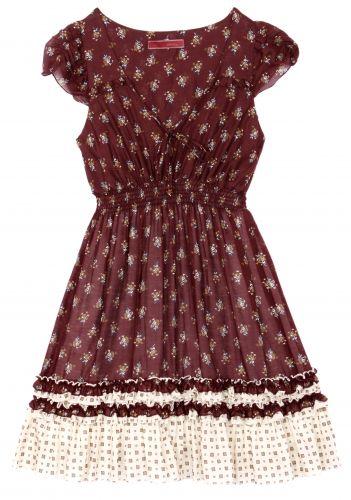 ISABELA CAPETOVestido florido com saia rodada; R$ 298, na Dress To (Tel.: 21 3326-2471)