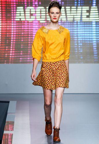 A Acquawearapresenta coleção para o Inverno 2012 durante o segundo dia de Mega Polo Moda. O evento é realizado pelo famoso shopping atacadista do Brás, bairro de São Paulo conhecido pelas lojas de moda popular (28/02/2012)