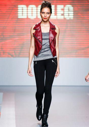 A Dog Leg apresenta coleção para o Inverno 2012 durante o segundo dia de Mega Polo Moda. O evento é realizado pelo famoso shopping atacadista do Brás, bairro de São Paulo conhecido pelas lojas de moda popular (28/02/2012)