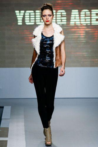 A Young Age apresenta coleção para o Inverno 2012 durante o segundo dia de Mega Polo Moda. O evento é realizado pelo famoso shopping atacadista do Brás, bairro de São Paulo conhecido pelas lojas de moda popular (28/02/2012)