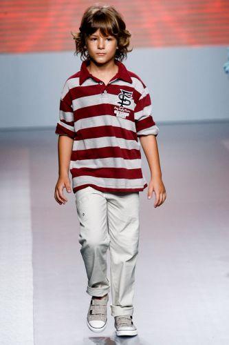 A Peep apresenta coleção para o Inverno 2012 durante o terceiro dia de Mega Polo Moda. O evento é realizado pelo famoso shopping atacadista do Brás, bairro de São Paulo conhecido pelas lojas de moda popular (29/02/2012)