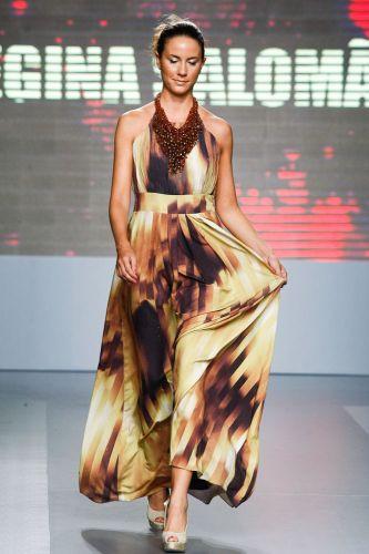 A Regina Salomão apresenta coleção para o Inverno 2012 durante o terceiro dia de Mega Polo Moda. O evento é realizado pelo famoso shopping atacadista do Brás, bairro de São Paulo conhecido pelas lojas de moda popular (29/02/2012)