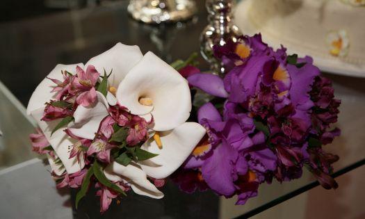 Buquê de flores naturais do Espaço Delícia. Mais informações no