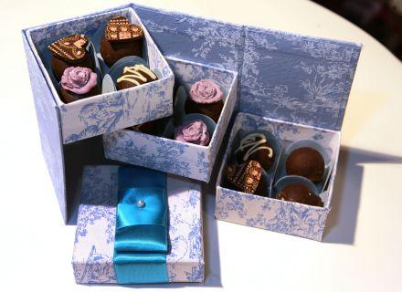 Marmitinha chique para doces (pode ser usada como porta-joias). Mais informações no site