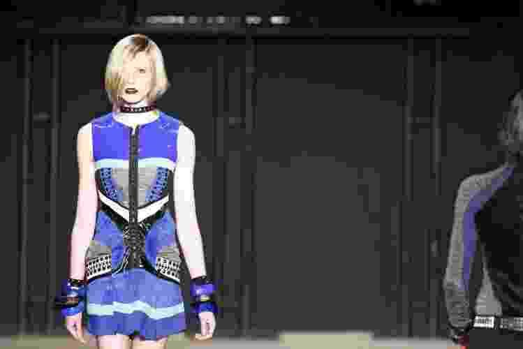 Martins Paulo apresenta coleção para o Inverno 2011 em desfile do concurso Rio Moda Hype, no primeiro dia de Fashion Rio (10/01/2011) - undefined