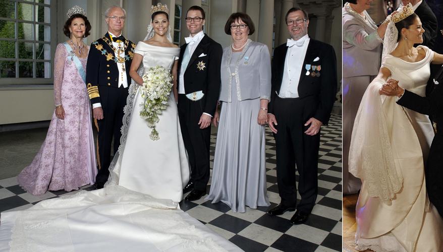 A princesa Victoria, da Suécia, e o marido Daniel Westling, duque de Vastergotland, em foto oficial ao lado de seus pais, após casamento na igreja Storkyrkan, em Estocolmo. O vestido da noiva, com 5m de cauda, foi criado em seda perolada por Par Engsheden (19/06/2010)