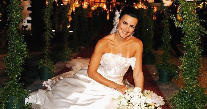 O casamento de Olívia, vivida por Ana Paula Arósio, foi o ponto alto do início de