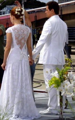 Joana, a noiva interpretada por Regiane Alves, em