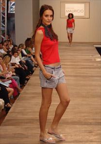 Desfile do Bom Retiro Fashion Business, edição Verão 2007, que aconteceu na semana passada