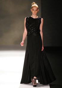 Coleção Verão da FH foca no preto em seus modelos - Alexandre Schneider/UOL