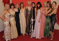 Brasileira (quinta da direita para esquerda) é uma das dez finalistas do reality show alemão - ProSieben/Oliver S