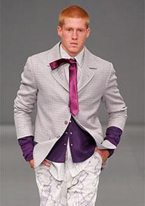 Alfaiataria foi ponto forte no desfile de Ivan Aguilar, que trouxe também referências do streetwear - Alexandre Schneider/UOL