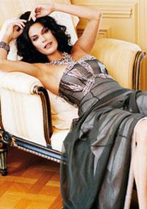 Teri Hatcher, de 'Desperate Housewives', posa para a campanha de inverno 2007 da Badgley Mischka