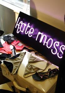 Peças da coleção de Kate Moss. Pré-lançamento aconteceu na matriz da Topshop, em Oxfor Circus - Reuters