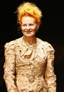 A estilista inglesa Vivienne Westwood